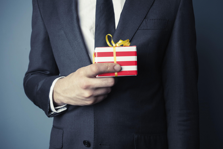 Этикет дарения подарков И так, что дарить, когда дарить и кому дарить? 45